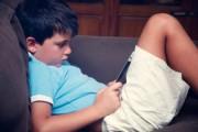 """Tablet e app per bambini, promossi con """"riserva"""" dai pediatri"""