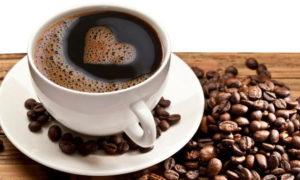Caffé senza rischio tumore, no alle bevande troppo calde
