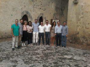 FAVARA – Incontro tra minoranze consiliari e parti sociali sulla crisi al Comune.