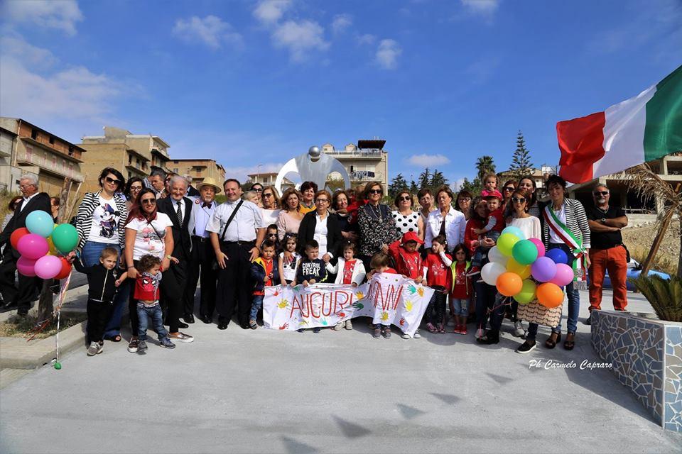 FAVARA-Arriva in Sicilia il primo monumento ai nonni. Enzo Vella ideatore dell' iniziativa.