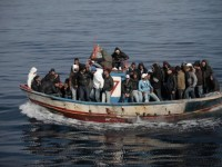 Sbarchi, altri 117 immigrati in balia del mediterraneo
